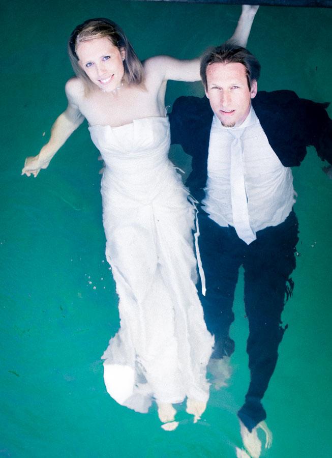 Nadine_Soeren_HochzeitPoolParty_WEB_-67.jpg