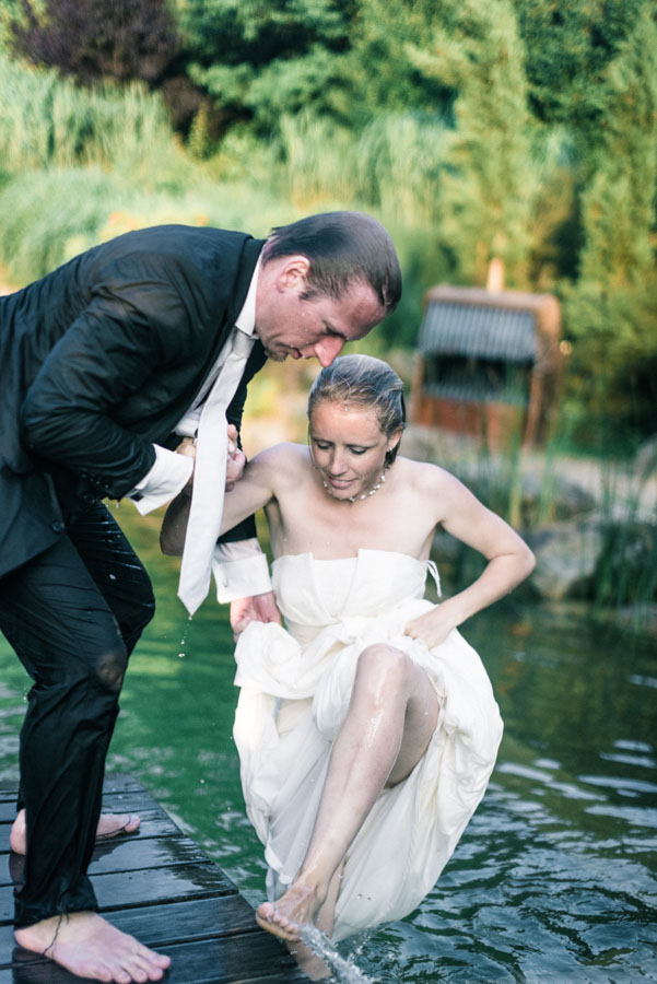 Nadine_Soeren_HochzeitPoolParty_WEB_-75.jpg