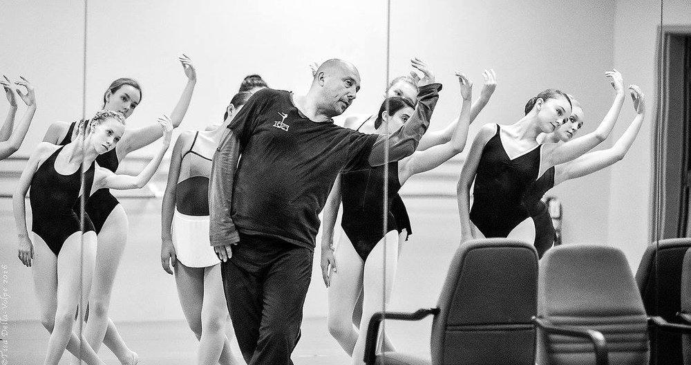 Choreographer Viktor Plotnikov rehearses with FSBT students.