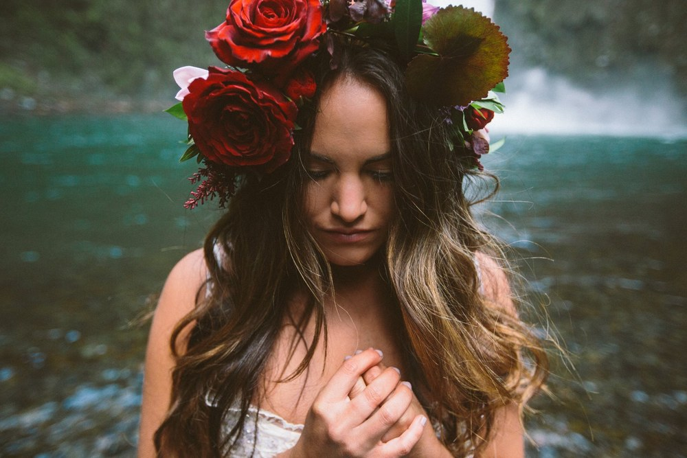 romantic-lush-flower-crown