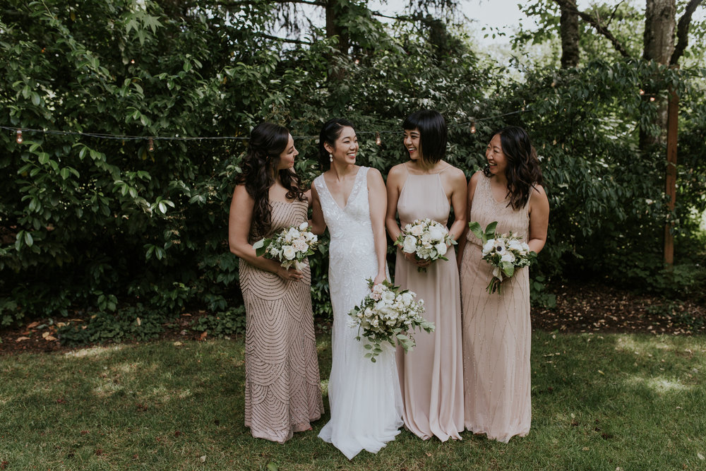 portland-oregon-wedding-flowers-girls-bouquets.jpg