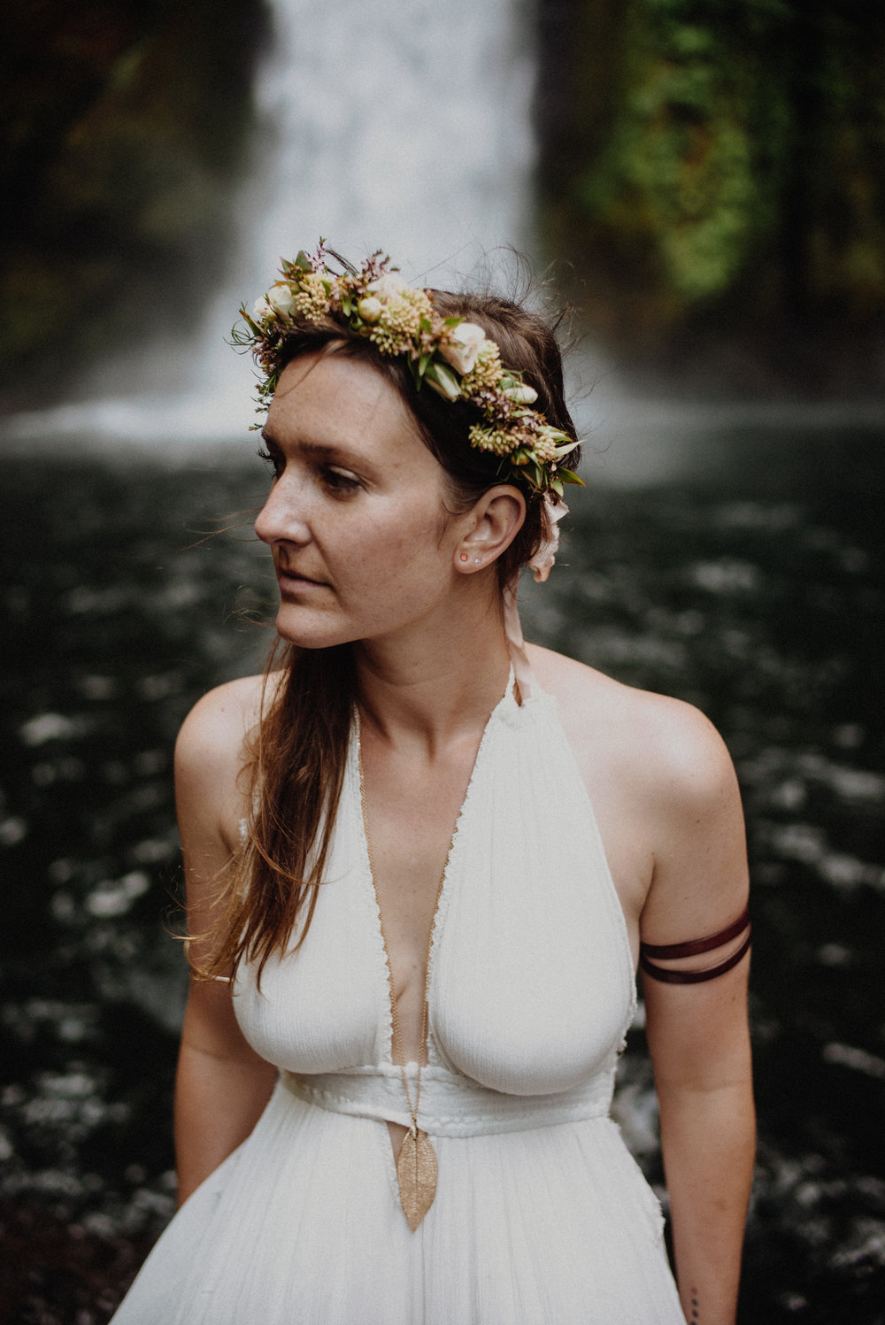 waterfall-elopement-flowercrown