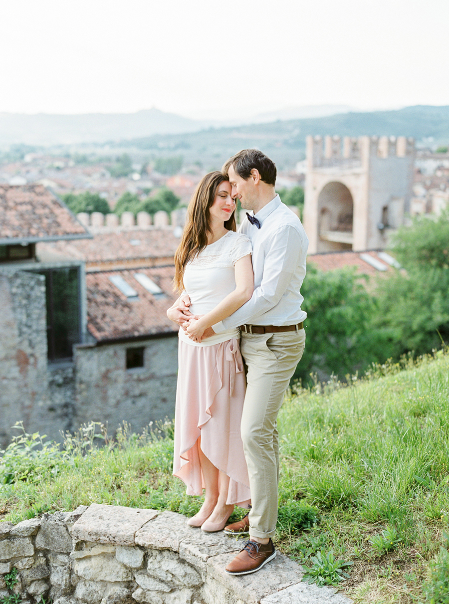 film_wedding_photographer_tuscany_14.jpg