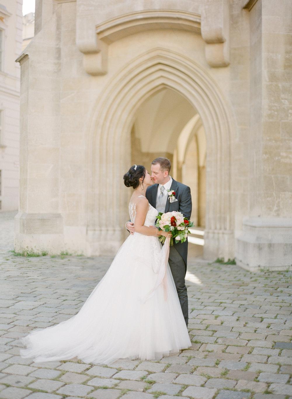 palais pallavicini wedding hotel imperial vienna wedding photographer nikol bodnarova photography 392.JPG