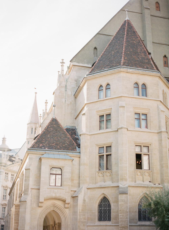 palais pallavicini wedding hotel imperial vienna wedding photographer nikol bodnarova photography 411.JPG