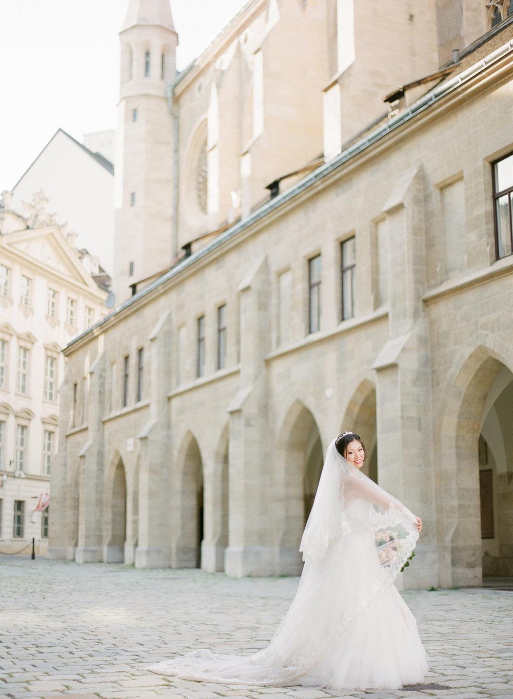 palais pallavicini wedding hotel imperial vienna wedding photographer nikol bodnarova photography 442.JPG