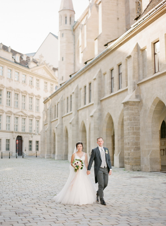 palais pallavicini wedding hotel imperial vienna wedding photographer nikol bodnarova photography 445.JPG