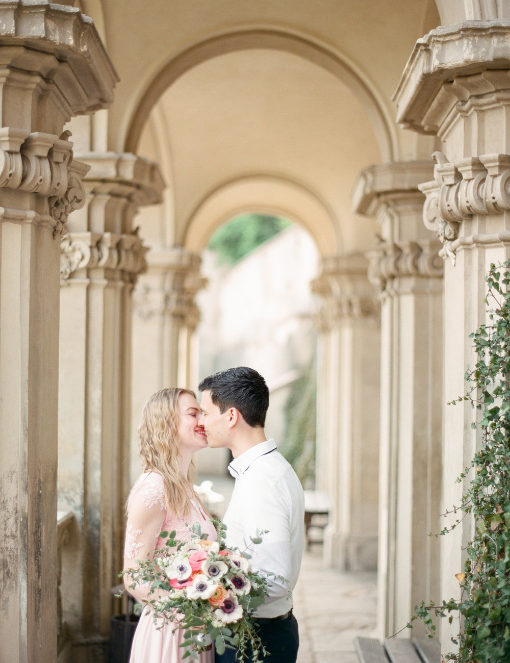 Tuscany film wedding photographer Italy Nikol Bodnarova Photography
