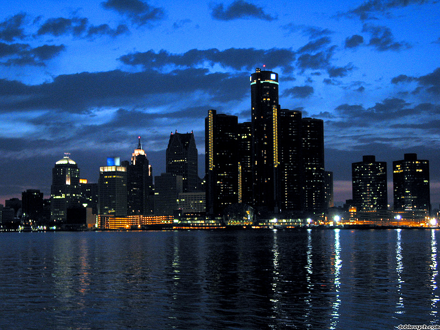 detroit_skyline_dramatic_900x675.jpg