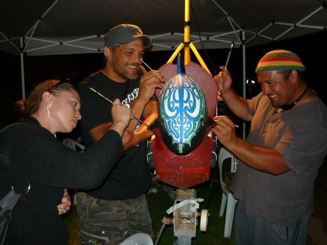 Indigenous Artists Courtney M. Leonard, Tai Mamaku and Victor Tepaa at Kokiri Putahi 2014.