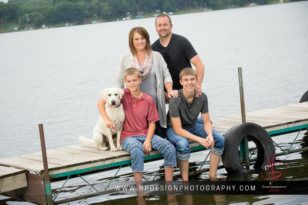 The Peterson Family's main wall image (they got a cluster of images from their summer session by the lake!)