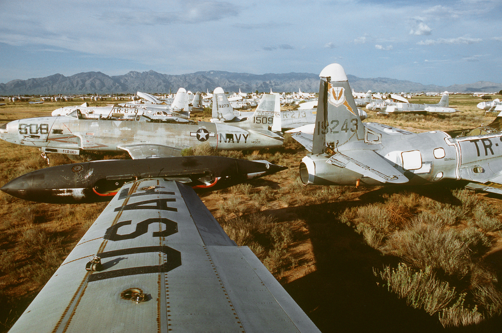 Lockheed_T-33s_at_the_AMARC_1988.jpg