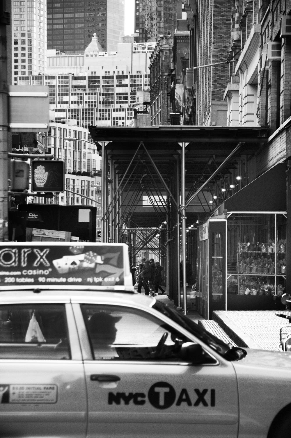 NY.Cab.bw.jpg