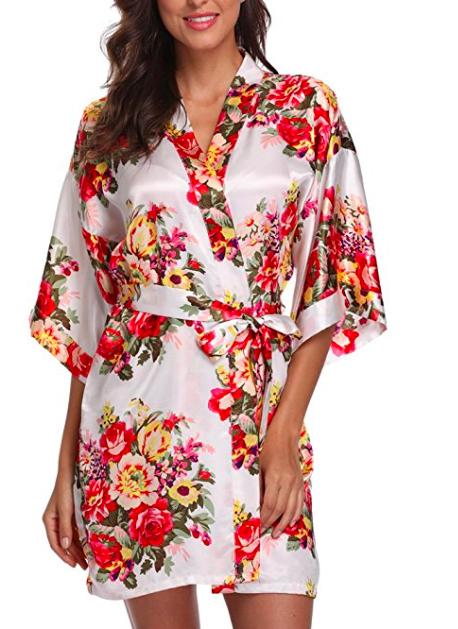 kimono robe.png