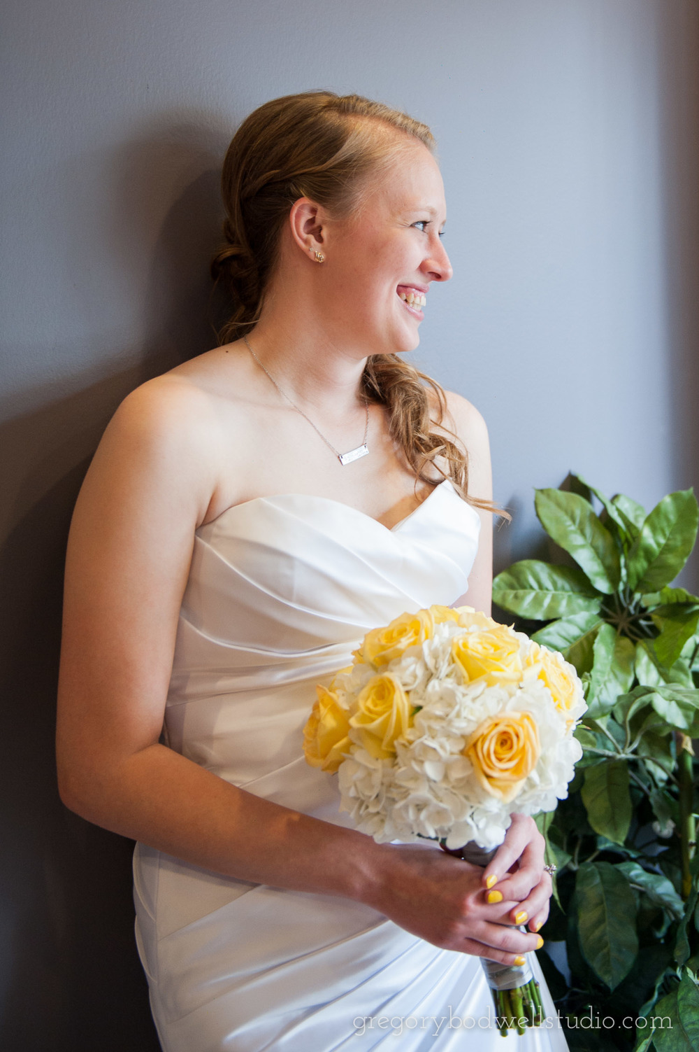 Monnin_Wedding_Athens_Ohio_Photographer_008.jpg