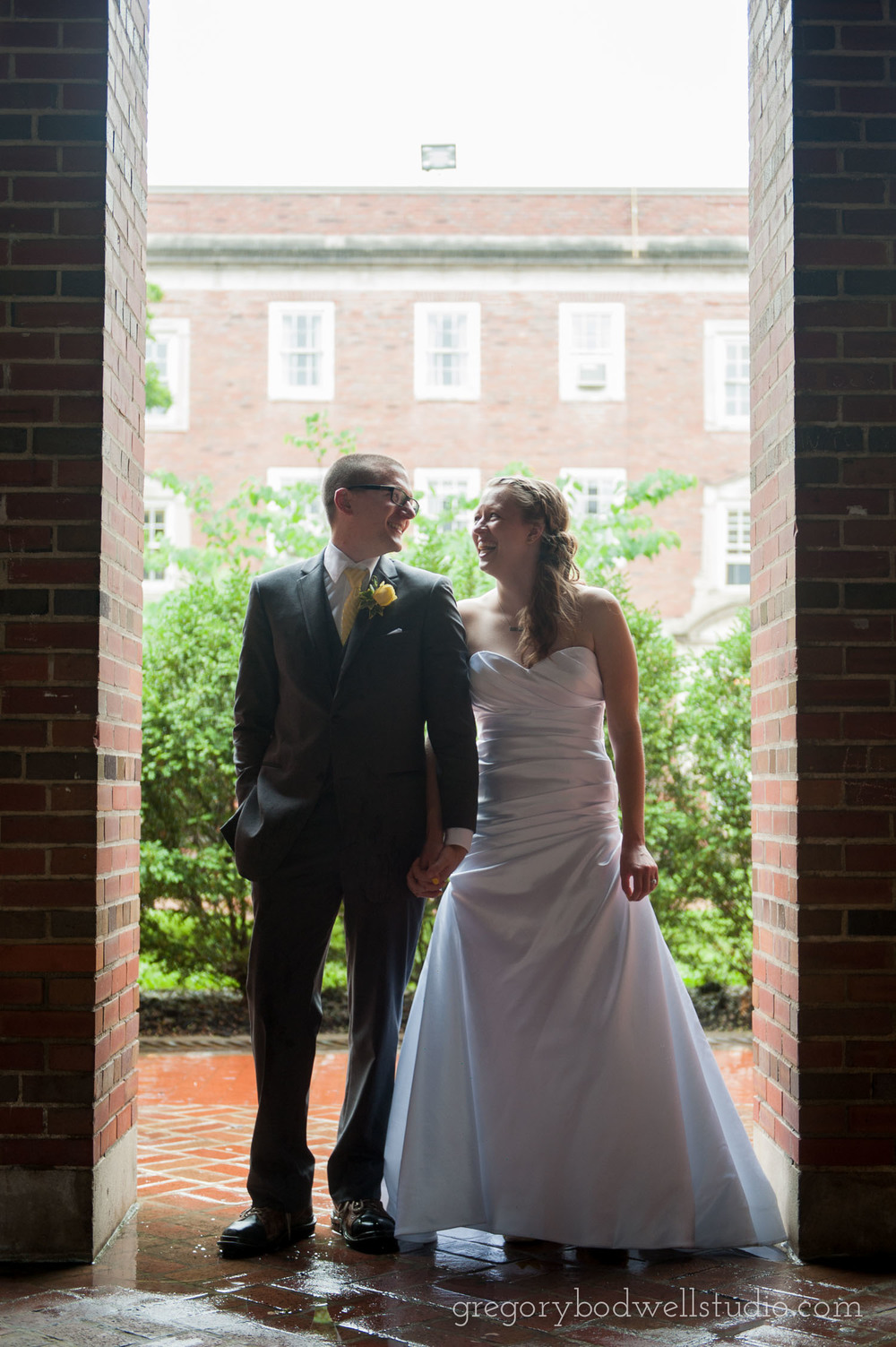 Monnin_Wedding_Athens_Ohio_Photographer_023.jpg