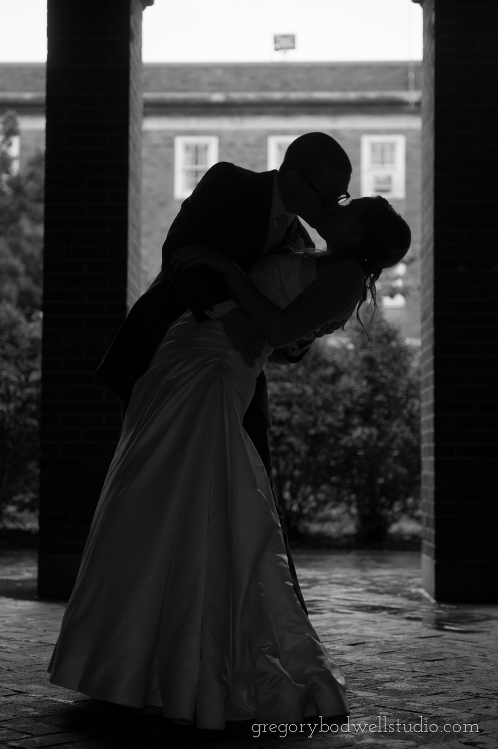 Monnin_Wedding_Athens_Ohio_Photographer_024.jpg
