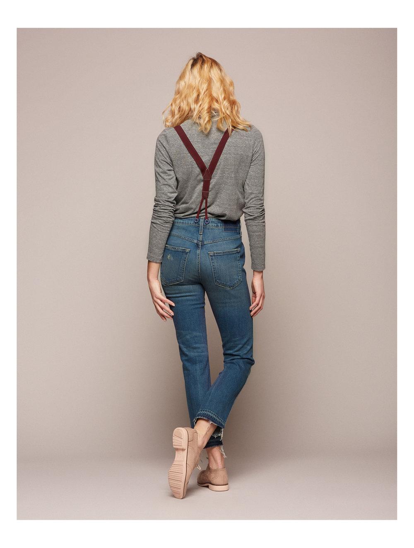 16-Suspender-Babe.jpg
