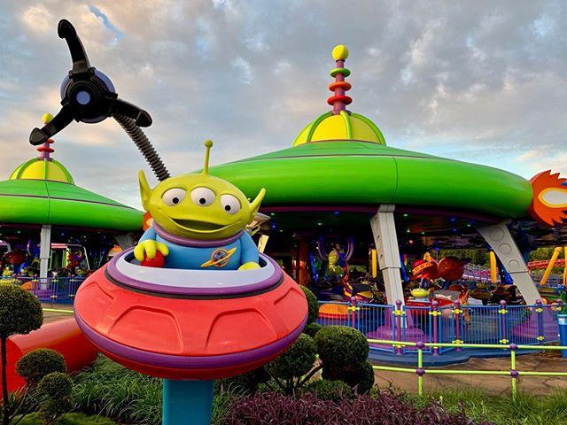 What is your favorite attraction in Toy Story Land? . . . . #disney #disneyworld #waltdisneyworld #disneyparks #disneyfan #disneygram #disneyig #disneypics #instadisney #florida #orlando #wdw #picoftheday #disneyphoto #wdwresort #mickeymouse #photooftheday #travel #vacation #themeparks #disgsram #magic #toystory #toystoryland
