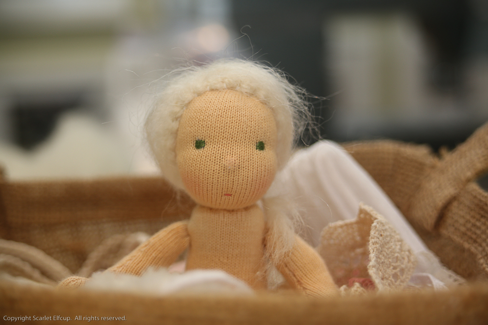 Wee-Bee Mini Elfcup Olivia-10.jpg