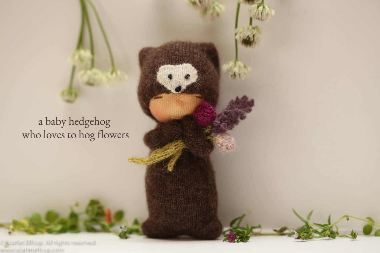 """Baby Hedgehog, a 4"""" Yummy Tummy Baby Elfcup"""
