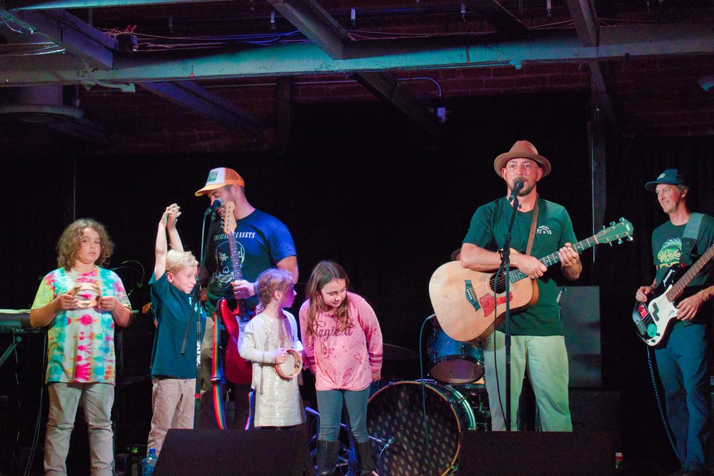Chris Keet of Keet & The Casto's gets the kids on stage for a song about keeping the ocean clean