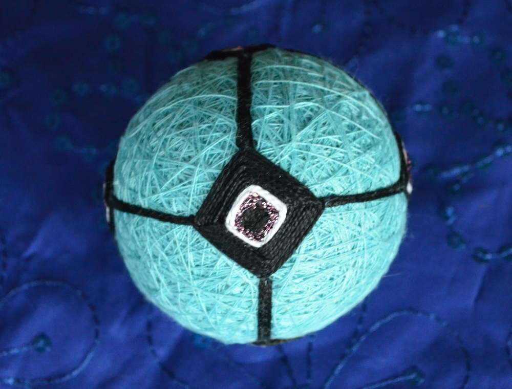 Japanese Temari Ball / warporweft.com