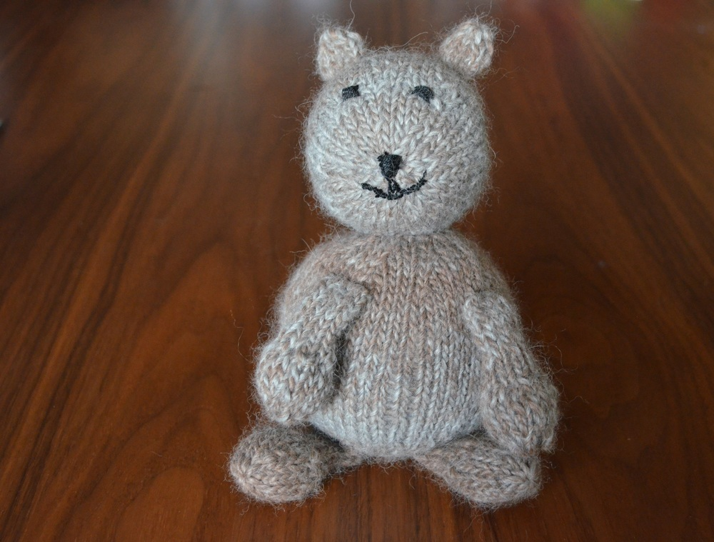 Brown Bear Knit Toy / warporweft.com