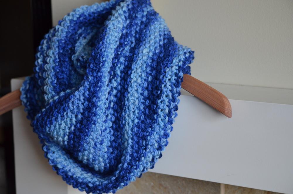 Seed stitch cowl scarf / warporweft.com