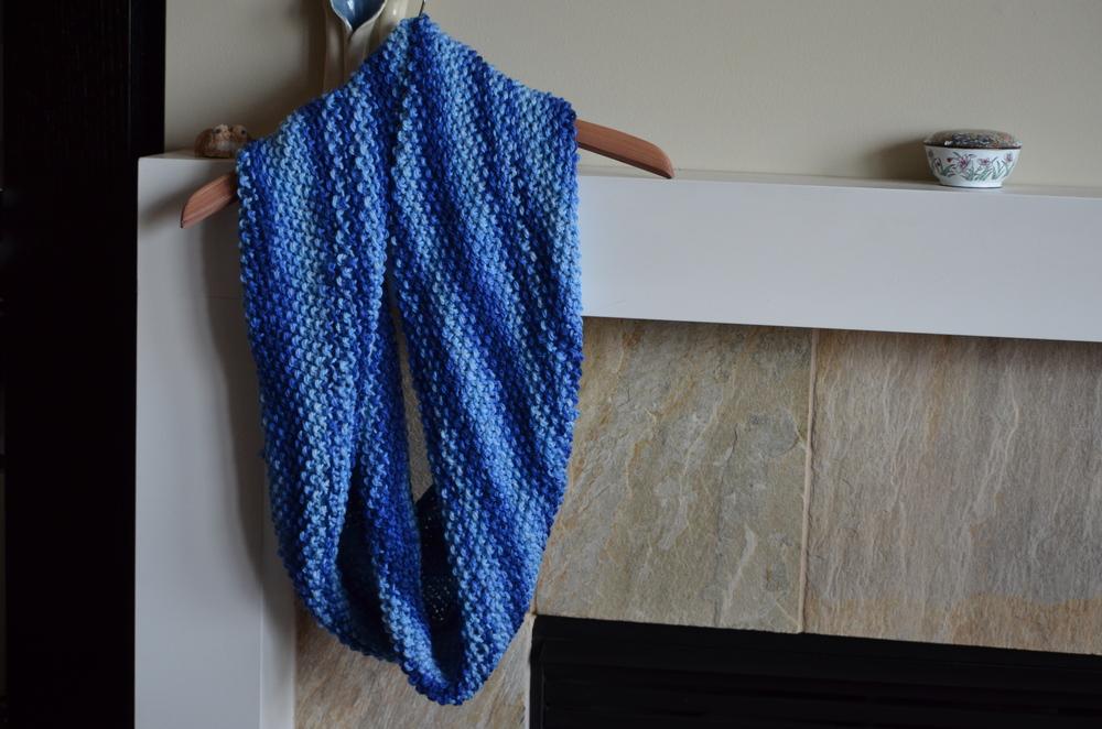 Moss stitch merino wool cowl scarf / warporweft.com