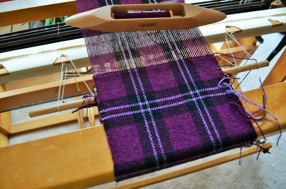 Handwoven plaid / warporweft.com