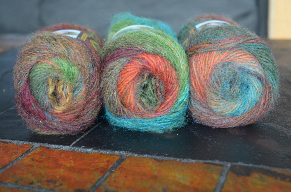 Lion Brand Yarn Amazing in Arcadia / warporweft.com