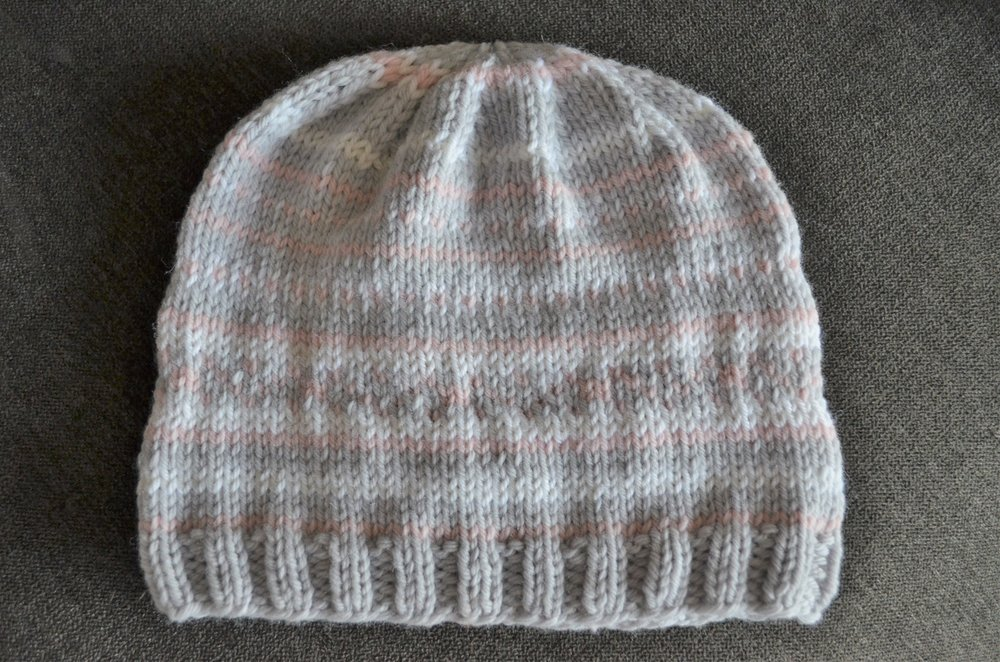 easy knit baby hat pattern / warporweft.com