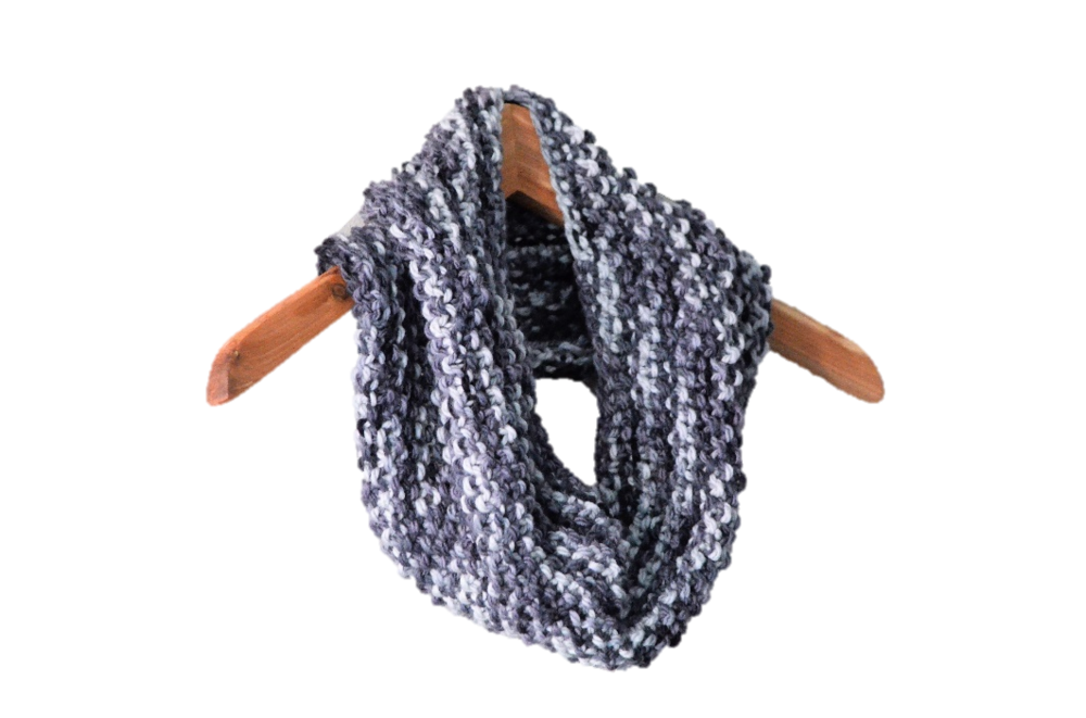 Easy One Skein Cowl Scarf Knitting Pattern / warporweft.com