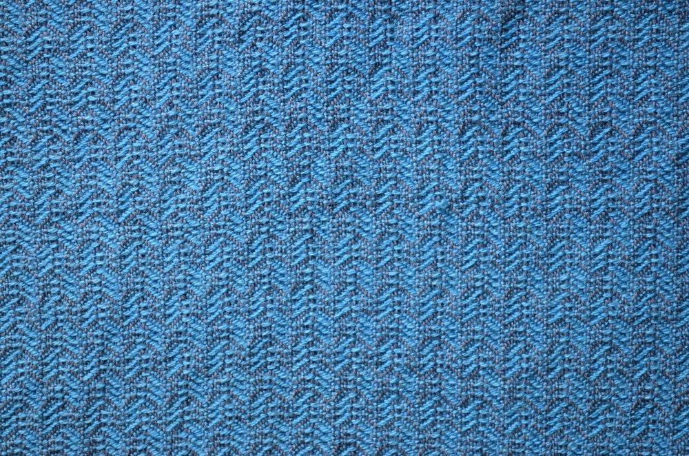 8 shaft weaving blanket scarf / warporweft.com