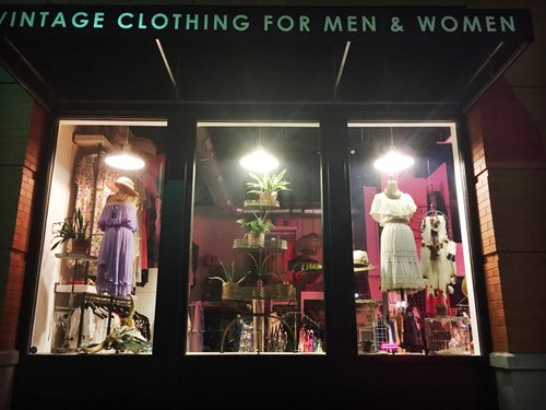 How to start a vintage clothing store, sex milf fuck nude pussy on top gif