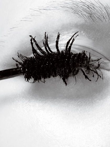 the-4-biggest-mascara-mistakes-and-how-to-fix-them2.JPG