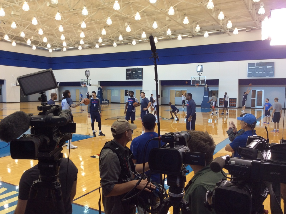 Reporters and photographers wait to speak with Thunder forward Kevin Durant while the team practices Saturday at the INTEGRIS Thunder Development Center. (Photo By Randy Renner/InsideThunder.com)