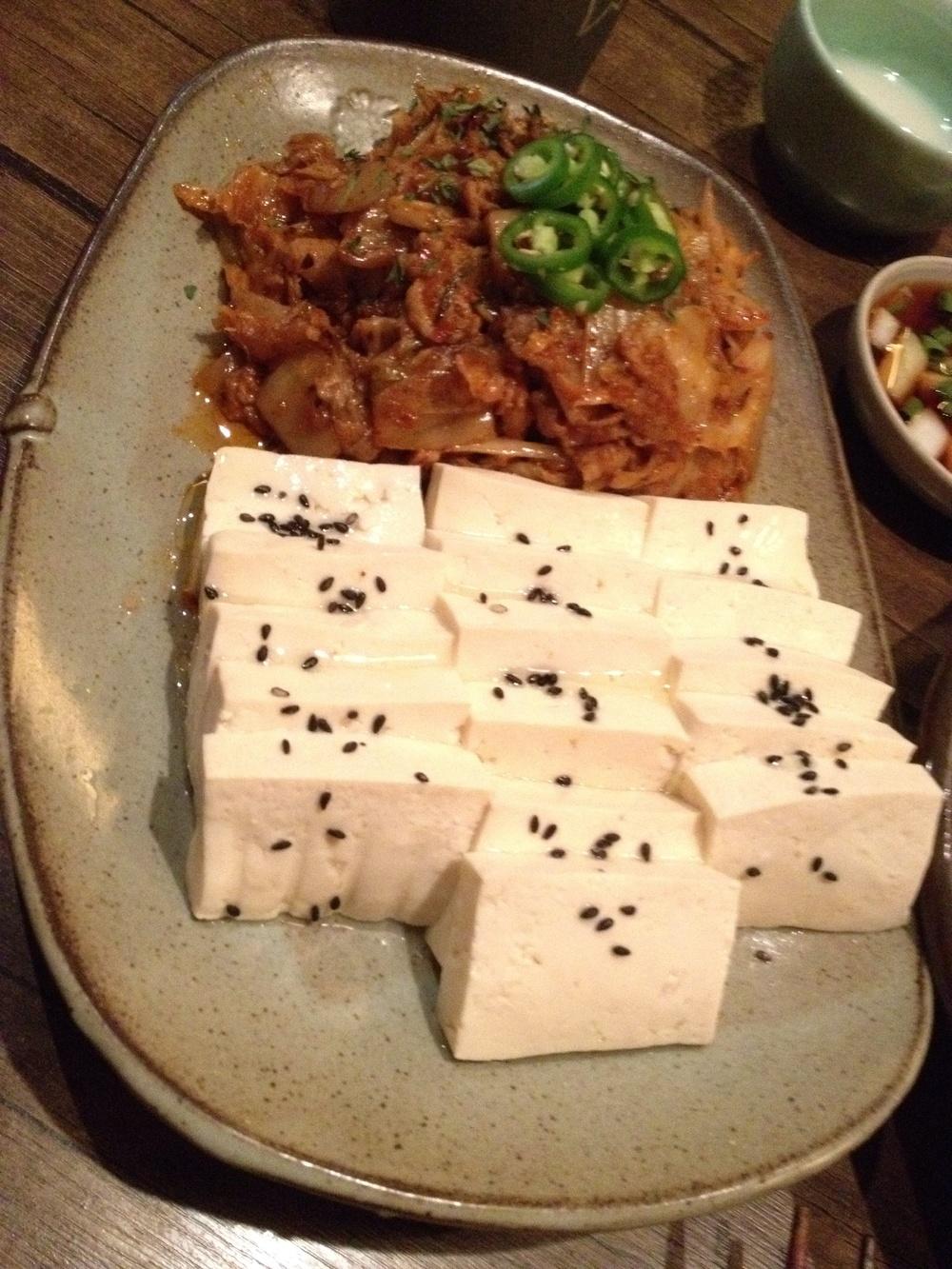 두부김치 = Stewed Kimchi w. pork, paired with medium soft tofu. One of my favourite dishes!