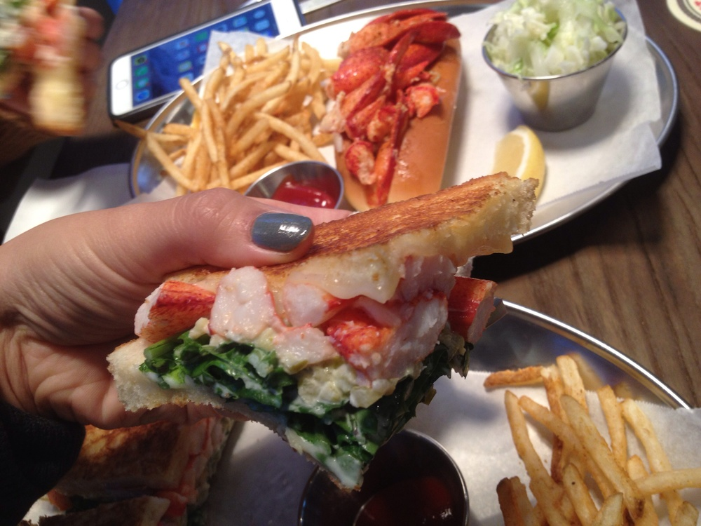 Well seasoned and full of flavour. If you were to eat this whole sandwich on your own, it may be a little bit too heavy. Share this with a lobster roll and it's a nice balance.