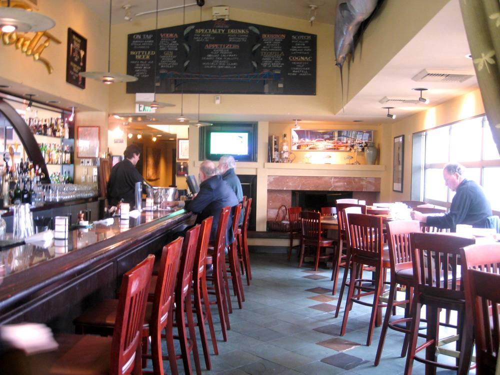 Cafe Ponti Interior.jpg