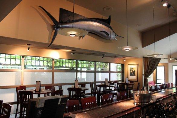 Ponti's Lounge Area