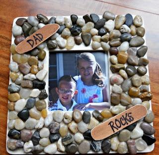 Dad Rocks Frame