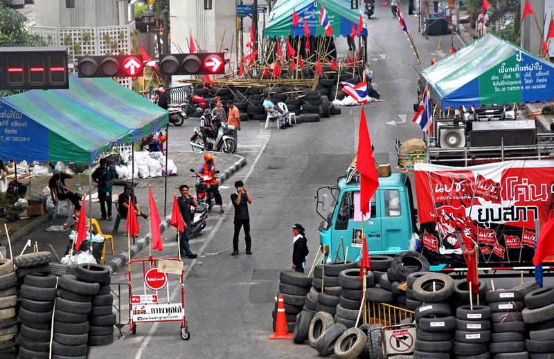 Thai Protestors.jpg