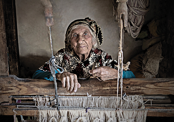 23-Woman Weaver.jpg