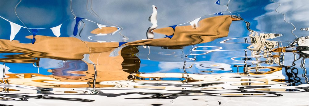 Rip's Liquid Surrealism 1900 x 900