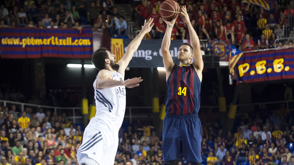 Barca will try and regain control of the series on their home court.
