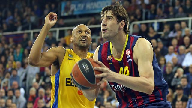 Barcelona si želi 2. mesto v skupini, saj v končnici prinaša prednost domačega igrišča.