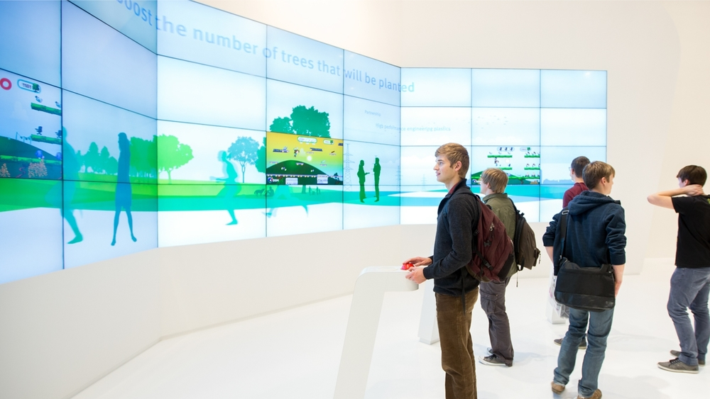 DSM Engineering Plastics: videowall at K2013
