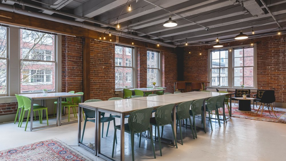 MEETING ROOMS - Daily rentals for groups of 1-30